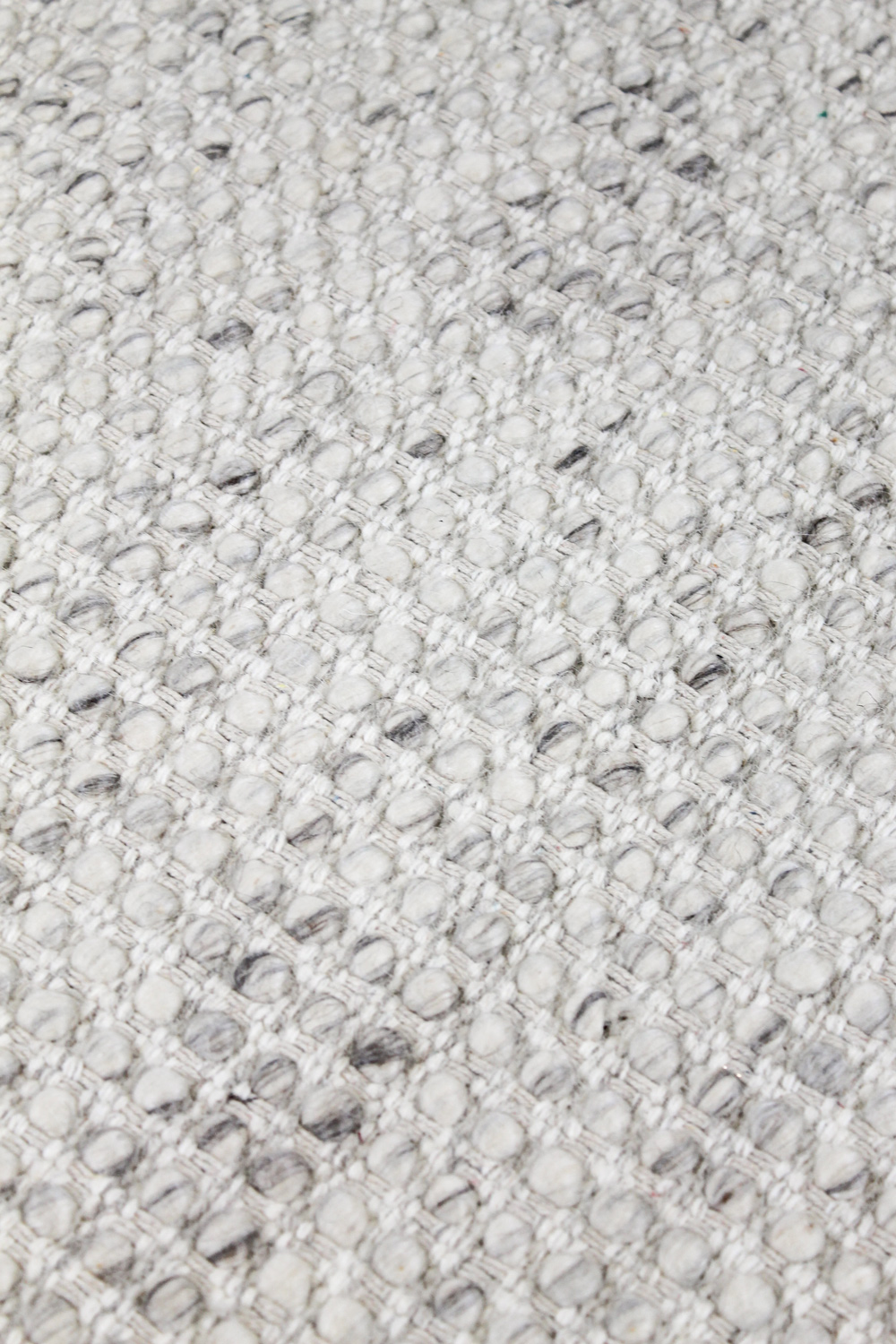 Kobe-Silver-the-rug-collection-03